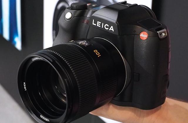 Leica's medium-format S shoots 4K video, 37.5-megapixel stills