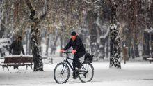Mobilità a due ruote, cresce attenzione Comuni per bici e moto