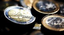 El euro baja a 1,1272 dólares