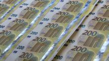Euro ritraccia a 1,1035 dollari dopo aver toccato minimo da un mese