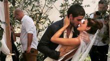 Chay Suede e Laura Neiva se casam em São Paulo