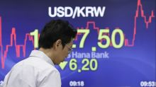 Asian stocks fall as trade tensions take center stage