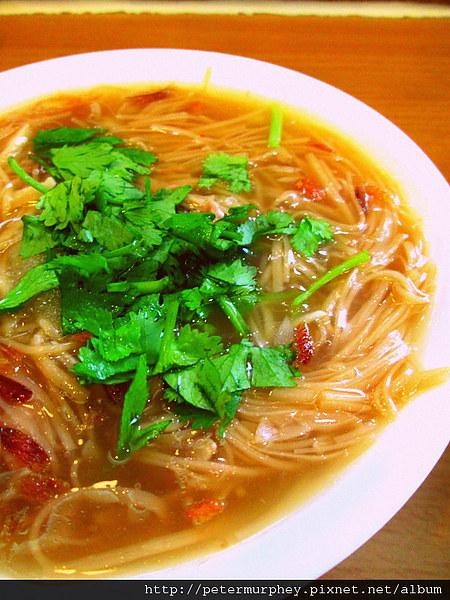 王記府城肉粽:西門店王記府城肉粽 --- 簡單質樸料實在的美味小吃