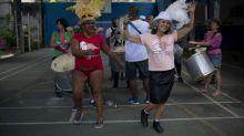 Art-thérapie : des patients en psychiatrie font leur carnaval à Rio