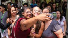 Paolla Oliveira e mais famosas se divertem no Bloco da Favorita em SP