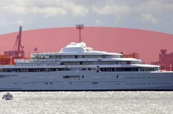 Roman Abramovich's Eclipse has anti-photo 'laser shield'