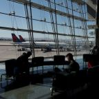 U.S. airports screen millions of travelers ahead of Thanksgiving
