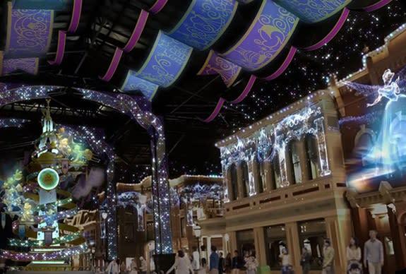 東京迪士尼將園區的世界市集改裝為「喜慶大街」,華麗又繽紛的裝飾讓人著迷(圖/東京迪士尼)