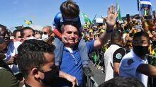 Após ir a protesto com críticas ao STF, Bolsonaro diz que estará 'onde o povo estiver'