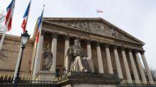Une syndicaliste étudiante a-t-elle le droit de porter le voile à l'Assemblée nationale ?