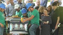 Gugu Liberato: família sepulta o apresentador