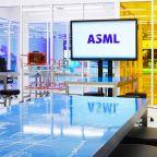 Chip-Gear Maker ASML Crushes Fourth-Quarter Views Amid Capital Spending Rush