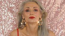 La modella 56enne Jacobs sfoggia la sua silhouette