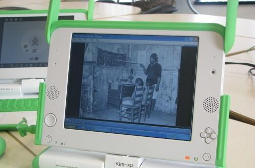 Windows XP tested on the OLPC XO, as slow as you'd expect