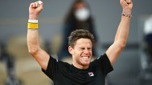 French Open fans erupt over 'extraordinary' slice of history