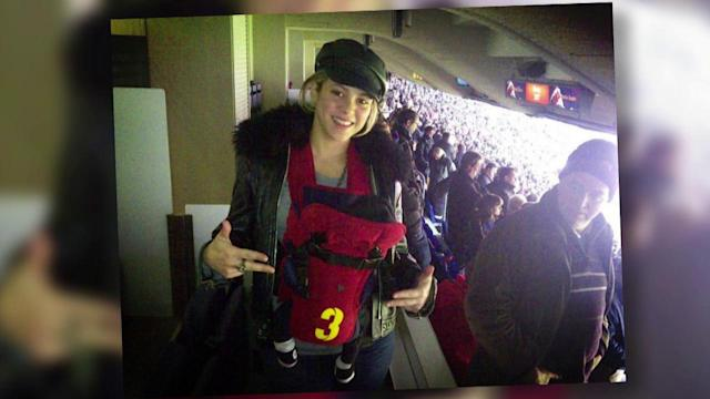 Shakira Shows Off Her Amazing Post-Baby Body in Leather Pants