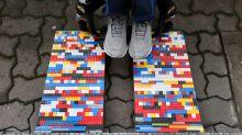 La 'Lego abuela' que usa ladrillos de juguete para hacer su ciudad más accesible