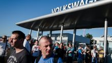 Volkswagen Slovakia workers win wage hike, end strike