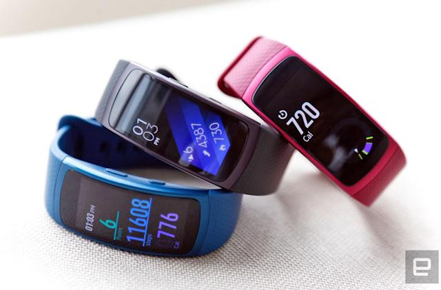 With the Gear Fit 2, Samsung tries again at workout wristbands