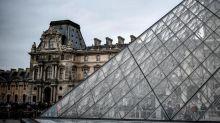 Au Louvre, un activiste tente de s'emparer d'une sculpture «volée à l'Afrique»