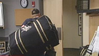 Penguins Clean Out Lockers At Consol Energy Center
