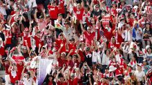 Rugby World Cup 2019: More than 15,000 fans turn up to Wales' first training session