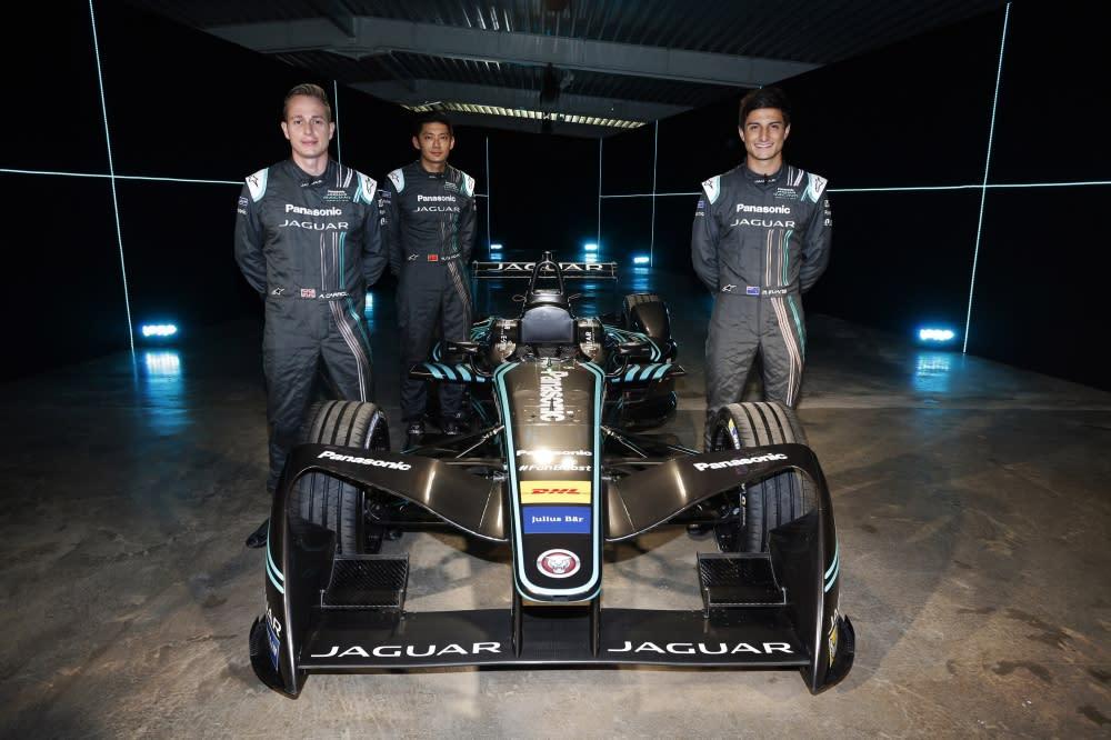 Panasonic Jaguar Racing 網羅諸多國際好手,包括北愛爾蘭車手 Adam Carroll 、紐西蘭車手 Mitch Evans ,以及荷蘭籍華裔車手董荷斌( Ho-Pin Tung )。