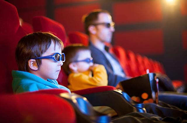 Hollywood again considers $30 early movie rentals