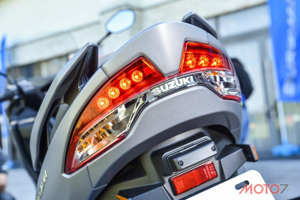 尾燈同樣也採LED 的配置。