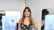 Sofía Vergara luce majestuosa en este sexy vestido de flores que todas quieren comprar