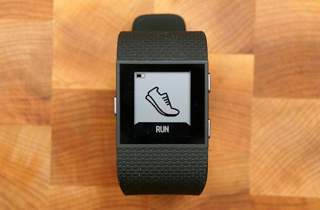 Fitbit Surge update delivers running alerts and improves battery life