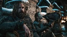 """6 Insane Details You Never Noticed About the 'Game of Thrones' """"Battle of Winterfell"""" Set"""