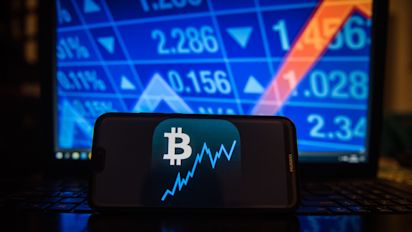 Bitcoin plunges 15% to $4,200, a new low for the year
