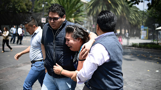Powerful earthquake jolts central Mexico