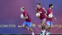 Memphis Depay entra en su primera convocatoria con el Barcelona