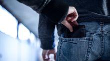 El 'justiciero' que reparte collejas entre los carteristas de Barcelona