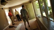 Mortgage volume stuck for second straight week, but jumbo loans get cheaper