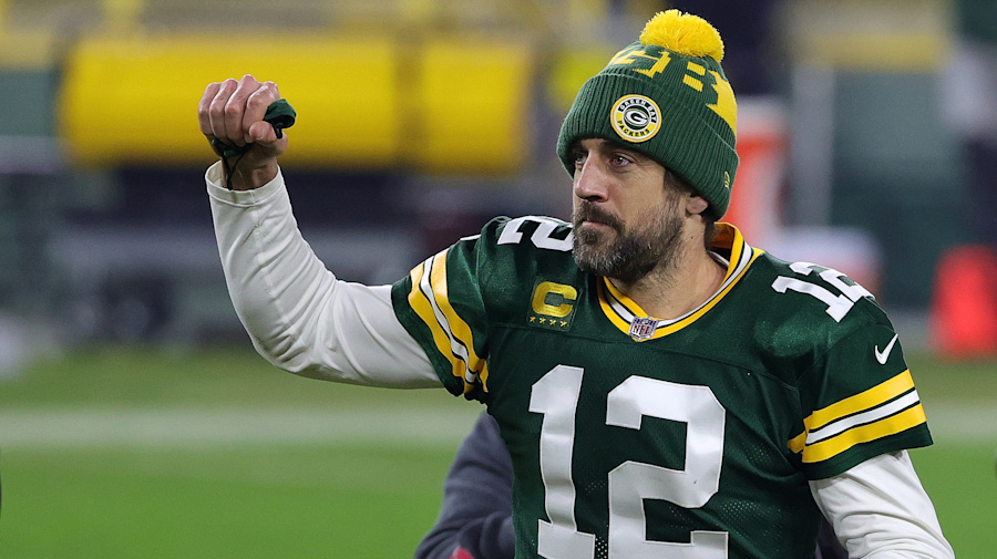 Rodgers donates $1M to help struggling businesses in hometown