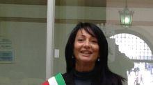 La alcaldesa discípula de Salvini que ha dejado a 76 alumnos inmingrantes sin clase