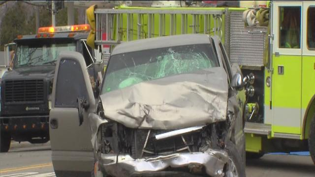 Deadly crash investigation in Monroe County