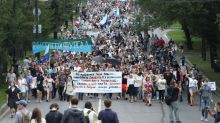 Anti-Kremlin protest in Russia's far east attracts thousands for a fourth weekend