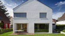 Einfamilienhaus zeigt sich im schönsten Minimalismus