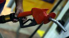 Petrobras reduzirá preço da gasolina nas refinarias em 0,9% a partir de quinta-feira