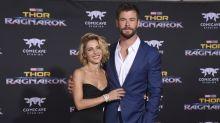 """Schaulaufen von Chris Hemsworth & Co.: Die besten Looks von der """"Thor 3""""-Premiere"""