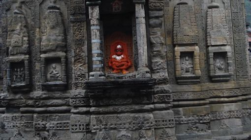 Huge Quake for the Himalayas? Ancient Hindu Temples Hold Clues