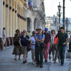 US targets Cuba tourism with tighter airline sanctions