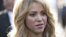 Shakira foca na voz e deixa parafernálias de lado em turnê mais roqueira