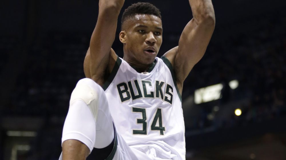 Giannis Antetokounmpo matches a legend as he ascends among NBA's elite