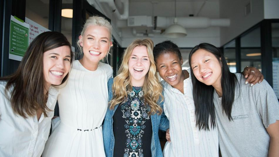 Karlie Kloss' coding camp covers more cities and languages this year | Engadget