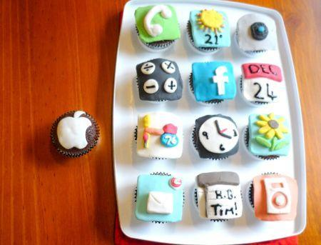 iPhone icon cupcakes look touchable, tasty